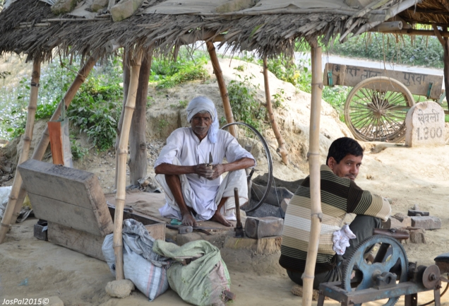 roadside shop on the way to Faizabad